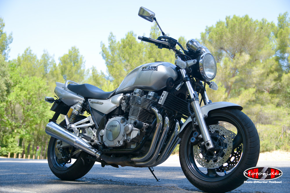 occasion yamaha xjr 1300 mp moto rider 1 photographe aix en provence bleu ocean martial. Black Bedroom Furniture Sets. Home Design Ideas