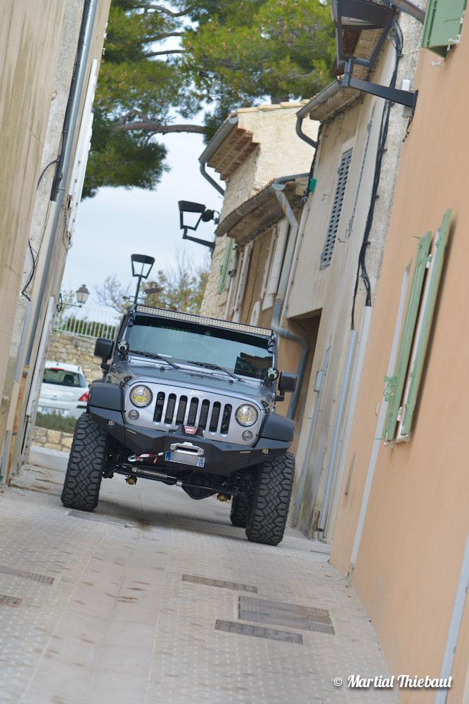 jeep by bumper lght 29 photographe aix en provence bleu ocean martial thiebaut. Black Bedroom Furniture Sets. Home Design Ideas