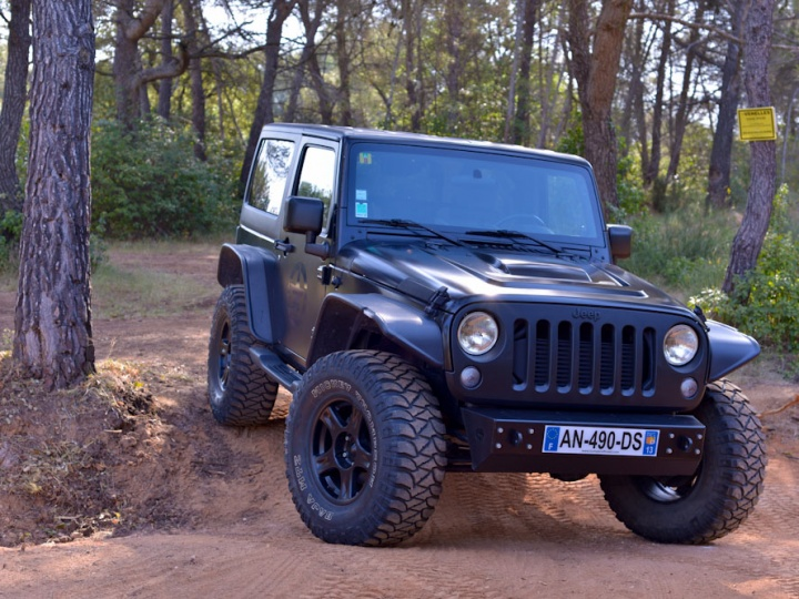 Jeep JK by Bumper Off Road