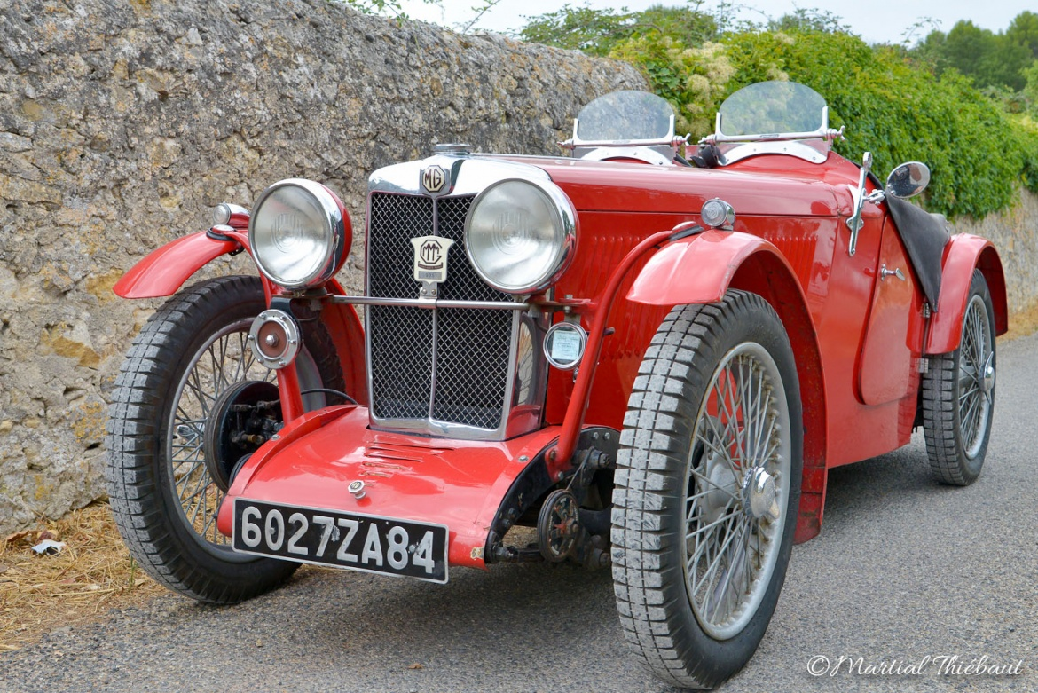 La MG type J voiture de sport produite par MG de 1932 à 1934. Restauration Authentic Garage Saint Cannat