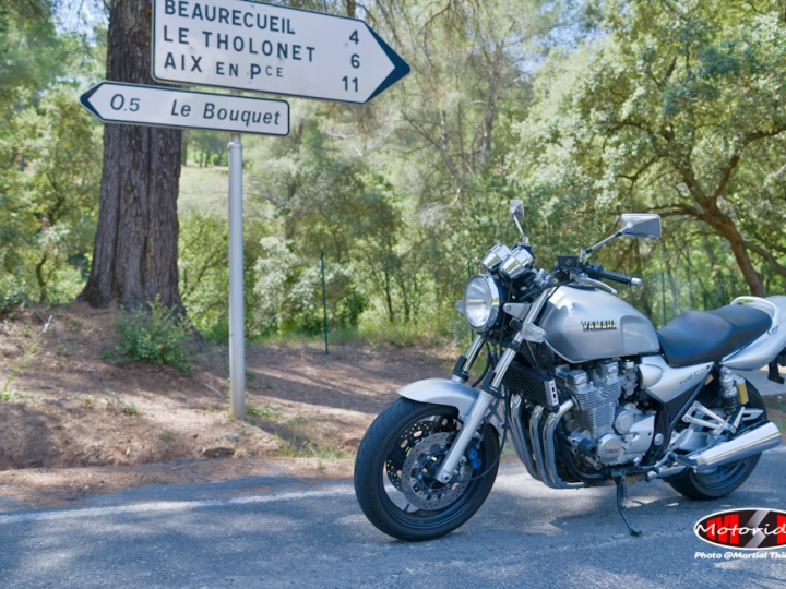 Occasion Yamaha XJR 1300 chez MP Moto Rider
