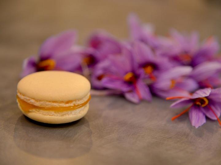 Macaron au Safran du Pont Royal par Valérie