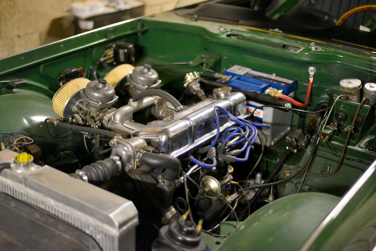 Authentic Garage 8